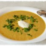 Gotowa zupa na talerzu